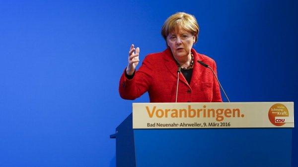 Podle kancl��ky Merkelov� uzav�en� balk�nsk� cesty nen� �e�en�m.
