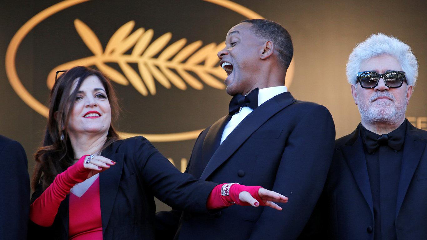 Snímek ze zahájení festivalu v Cannes.