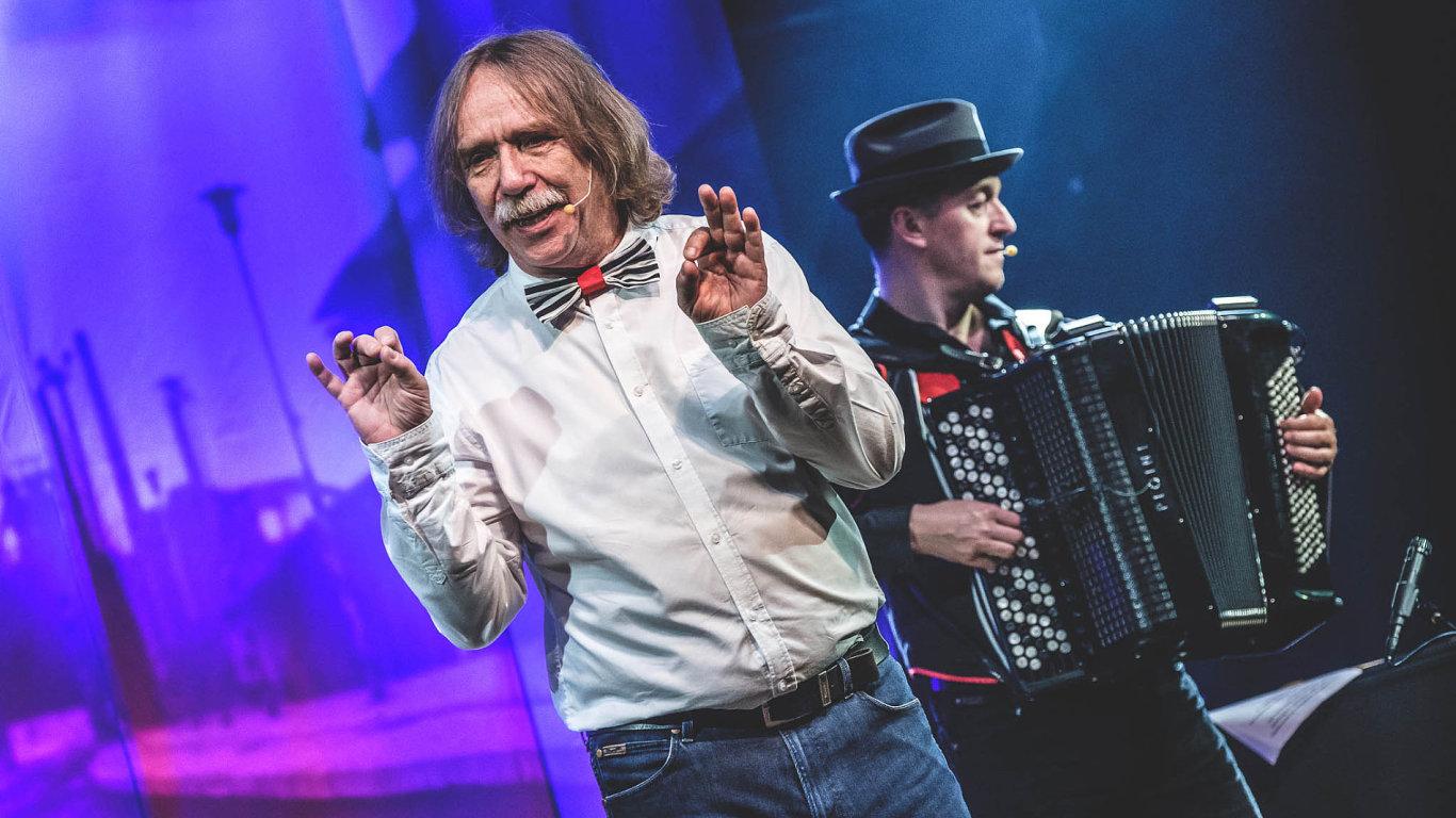 Písničkář Jaromír Nohavica představil tento týden vPraze svůj Kabaret BO!