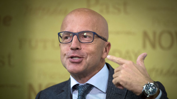 Místopředseda Evropského parlamentu Pavel Telička (nestraník za ANO) vystoupil na tiskové konferenci 13. října v Praze.
