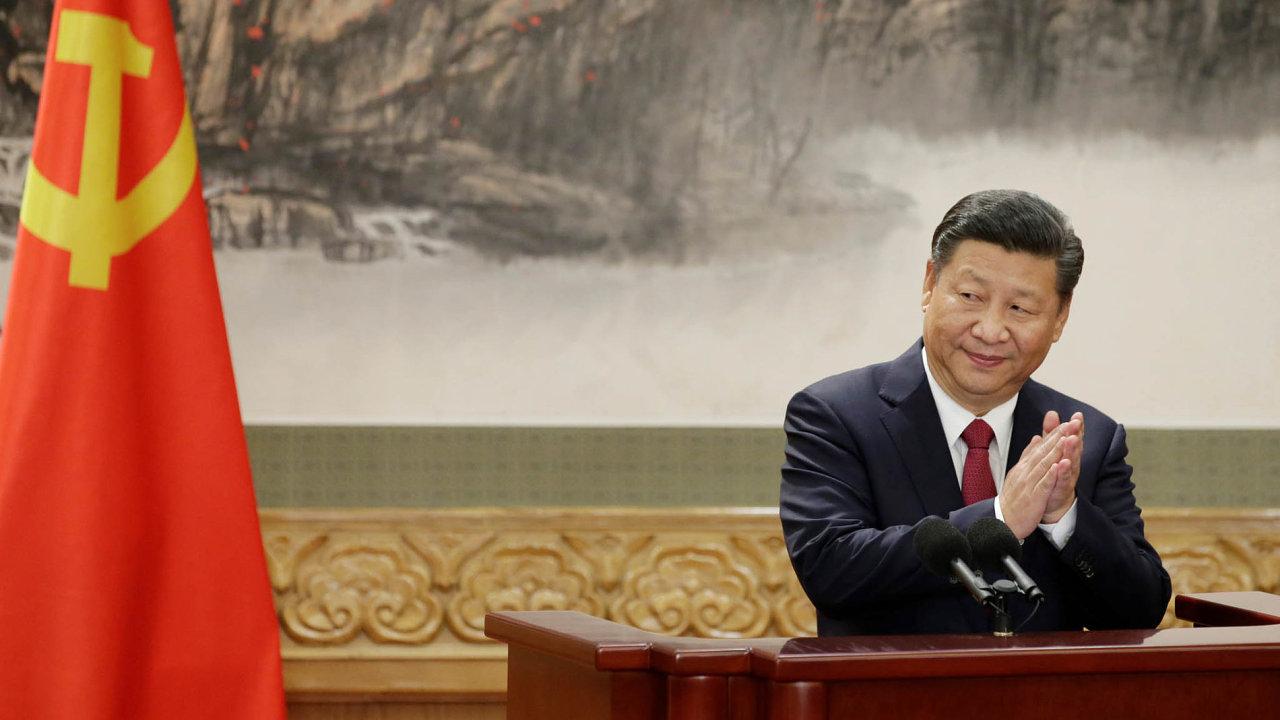 Současný prezident a generální tajemník Komunistické strany Číny Si Ťin-pching na letošním sjezdu