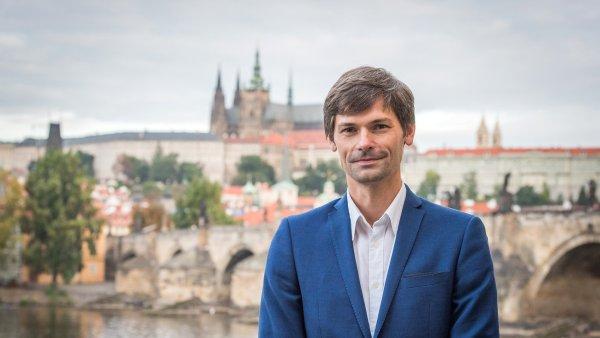 Marek Hilšer je český lékař, vysokoškolský pedagog, vědec a občanský aktivista. Kandidát v prezidentských volbách 2018.