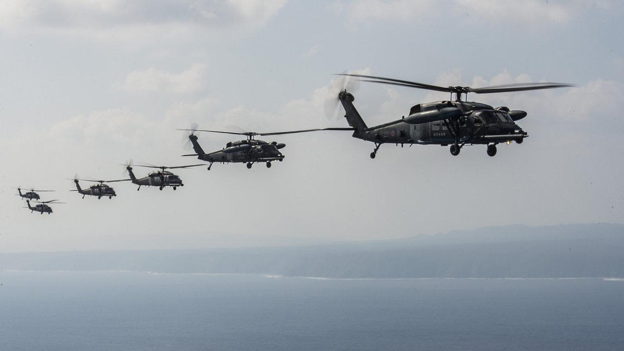 Americké vrtulníky Sikorsky HH-60 Pave Hawk