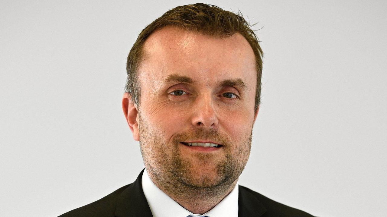 Martin Kadečka, vedoucí prodeje osobních vozů značky Volkswagen ve společnosti Porsche Česká republika