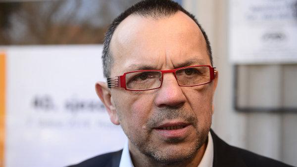 Bývalý místopředseda strany a nynější poslanec Foldyna oznámil odchod z ČSSD.