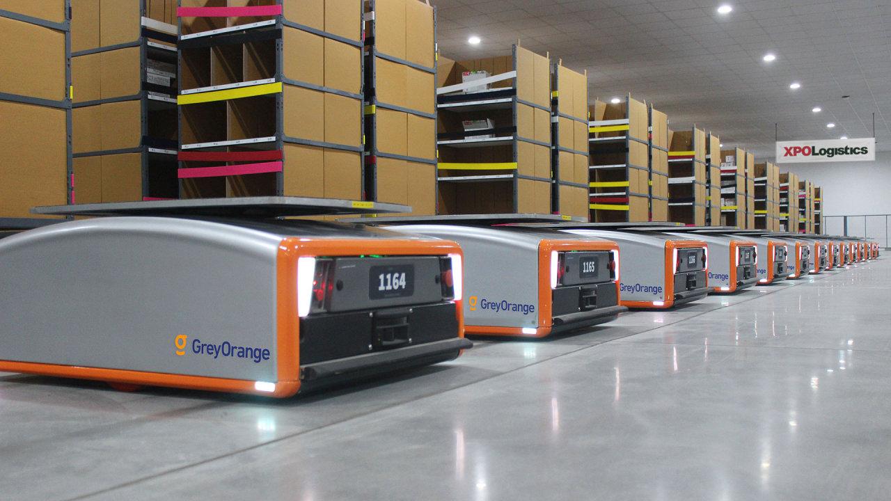 XPO chce ve skladech nasadit tisíce mobilních robotů.