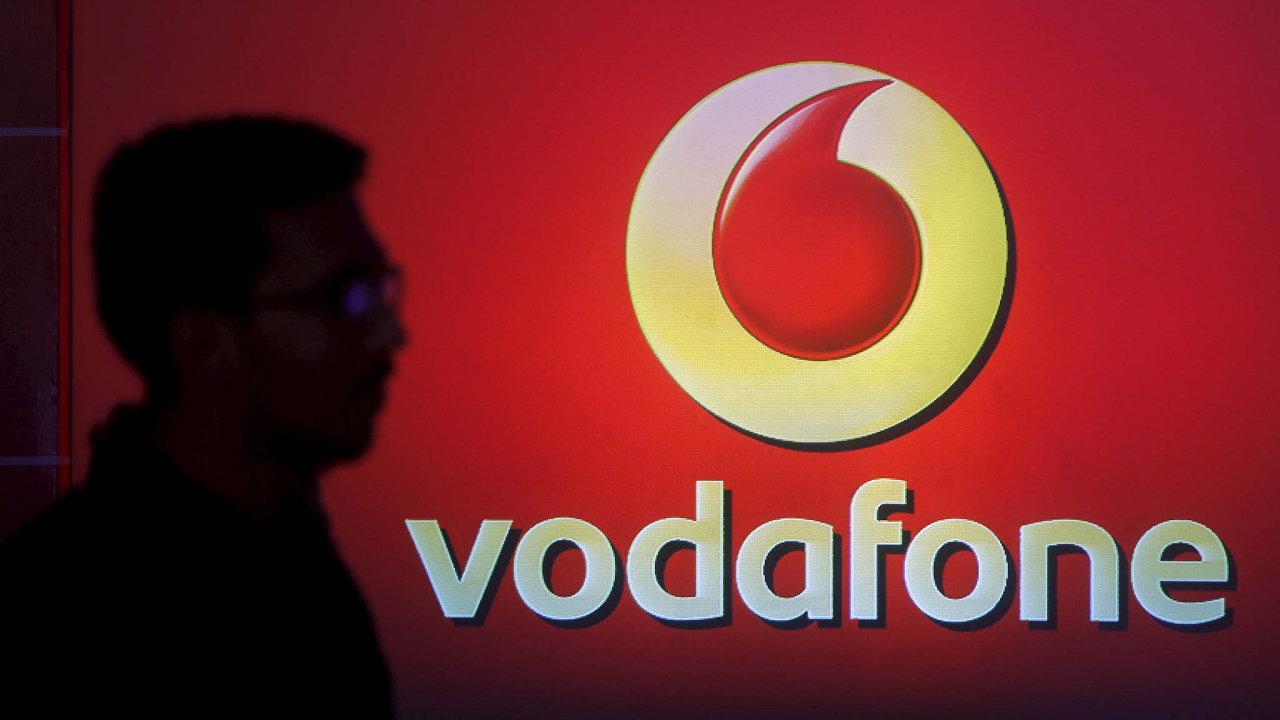 Transakce za 18,4 miliardy eur (471 miliard korun) je jednou z největších akvizic v historii společnosti Vodafone.