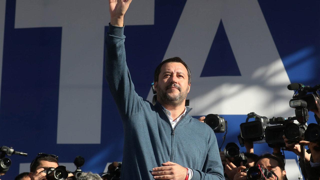 Populisté zatím uspěli zejména v Itálii. Antievropský a antiimigrační šéf Ligy Matteo Salvini se v tamní vládě stal ministrem vnitra.
