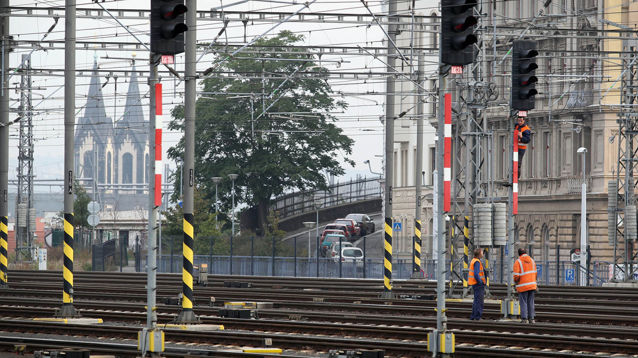 ČD-Telematika je provozovatelem optické sítě, která vede zejména podél železničních tratí.
