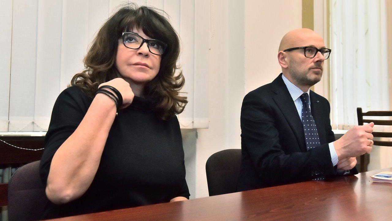 Vnučka Ferdinanda Peroutky Terezie Kaslová se již čtyři roky snaží od státu vysoudit omluvu.