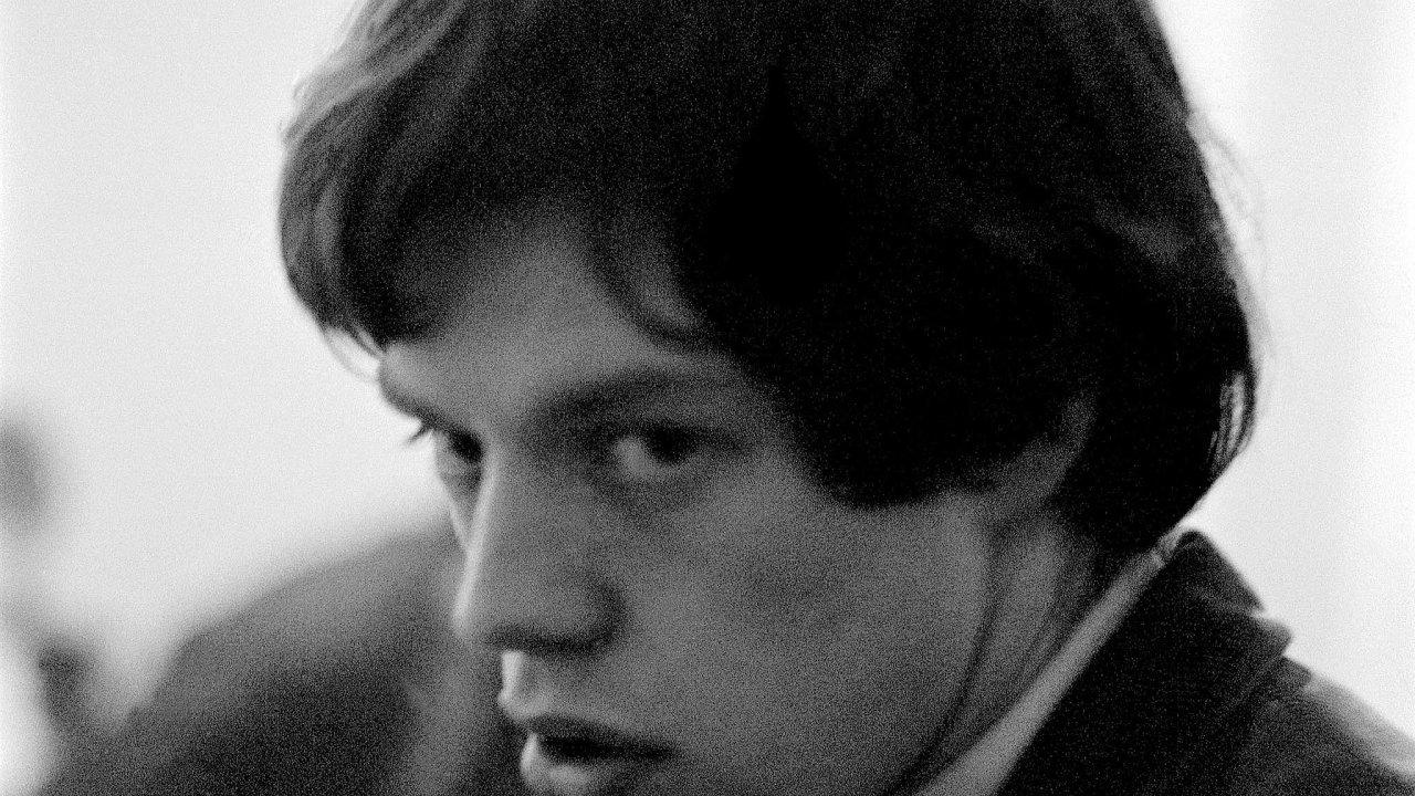 Fotografie zezačátků skupiny Rolling Stones schovával Gus Coral více než 50 let schovával pod postelí.