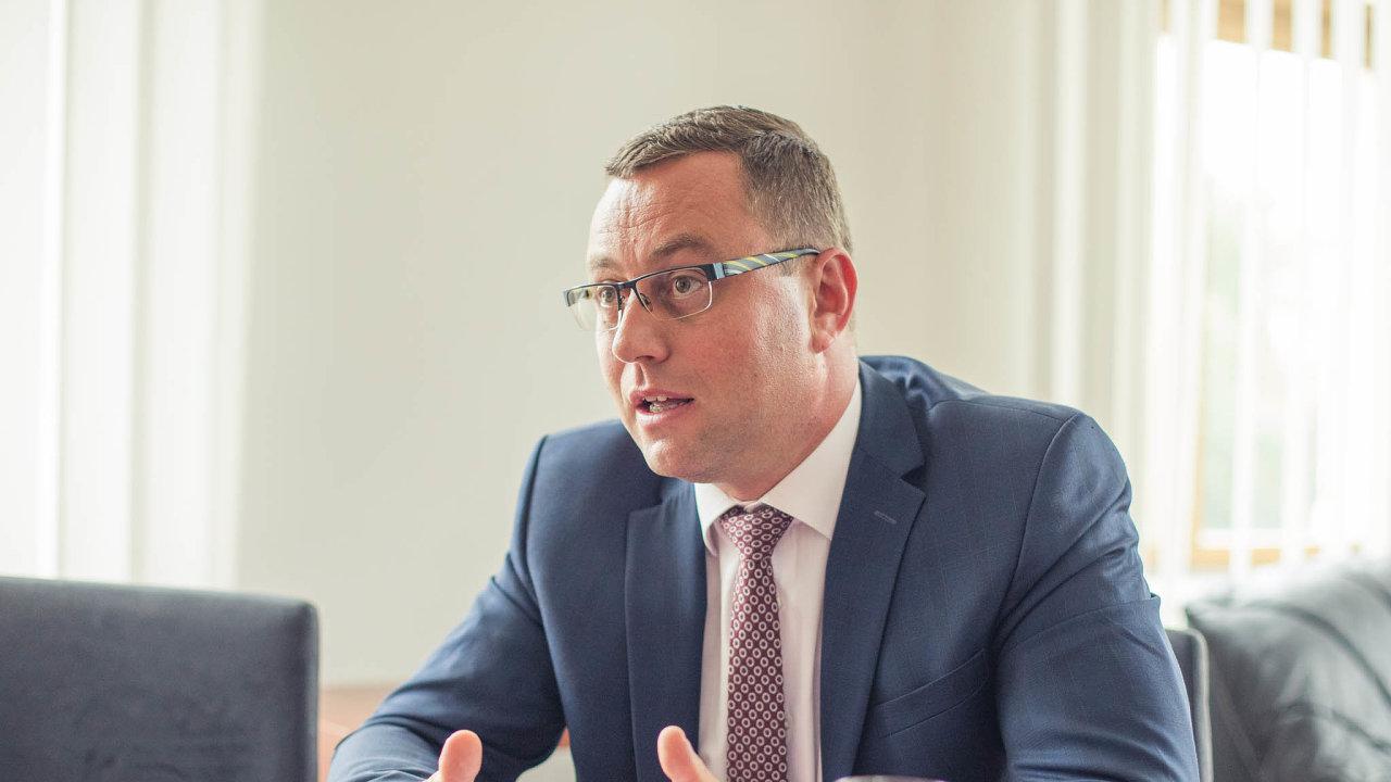 Nejvyšší státní zástupce Pavel Zeman přezkoumával zářijové rozhodnutí pražského městského státního zastupitelství vpřípadu Andreje Babiše.