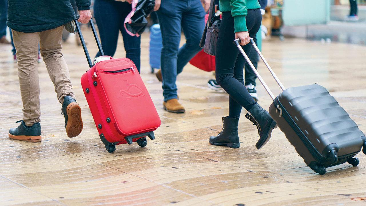 Radnice budou mociodledna vybírat poplatek zapobyt. Změna cílí zejména naturisty ubytované přes Airbnb.
