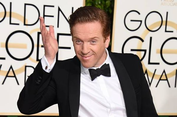 Britský herec Damian Lewis na Golden Globe Awards.