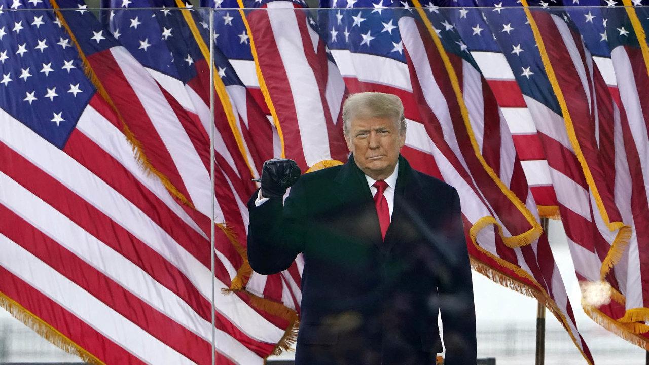 Donald Trump se svým projevem zasadil oto, že část účastníků jím svolané demonstrace vestředu večer zaútočila nasídlo Kongresu.