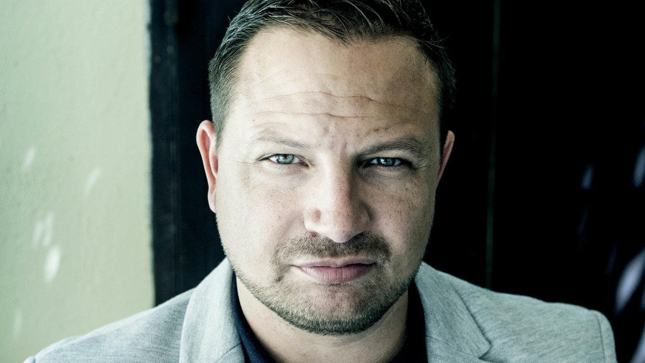 Podnikatel Tomáš Horáček je jednou z ústředních postav v korupční kauze zakázek pražských Fakultní nemocnice Bulovka a Nemocnice Na Františku.