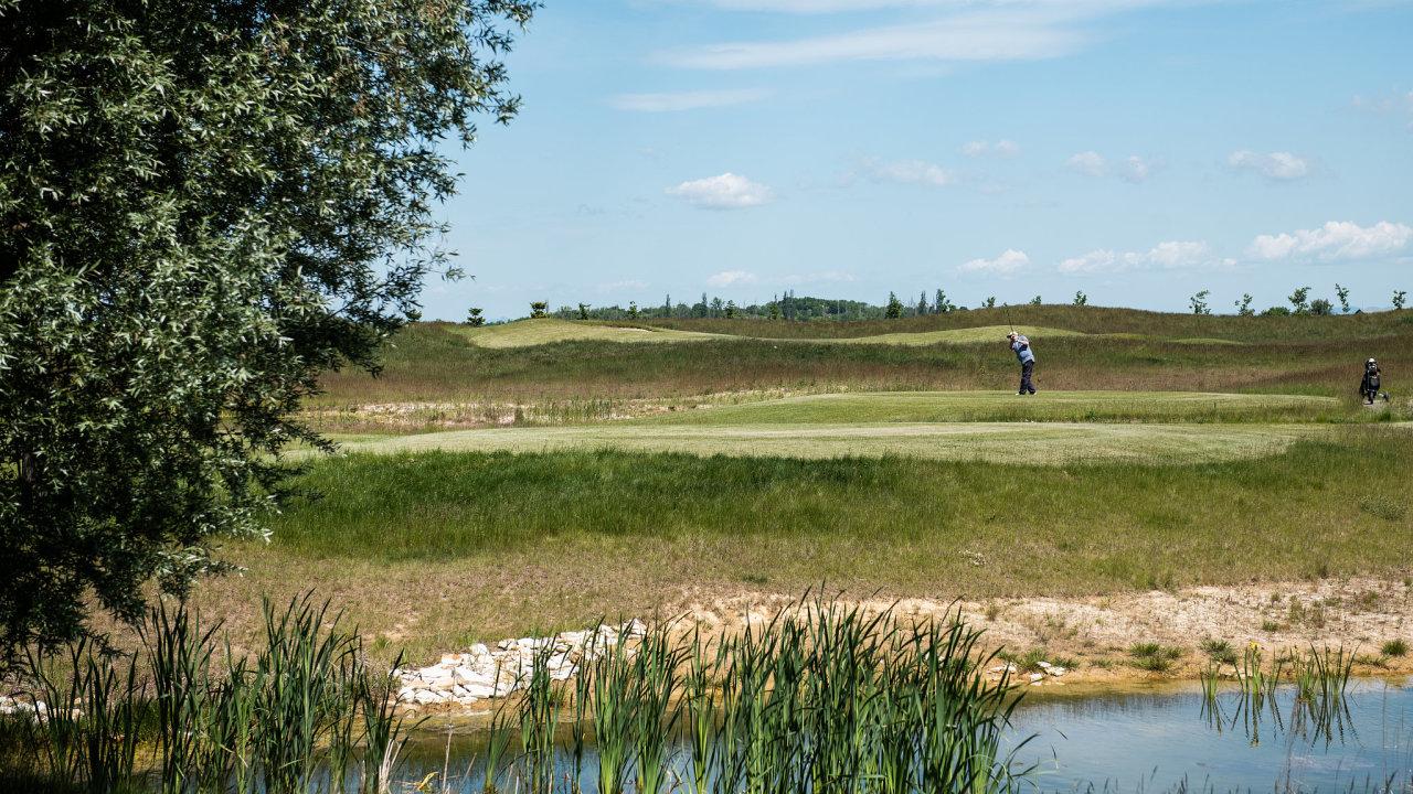 Recyklace vody na golfovém hřišti ve Vinoři, Praha-Vinoř