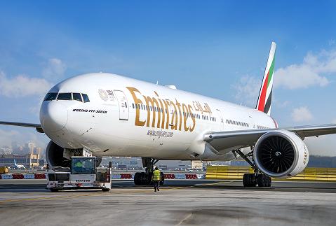 Společnost Emirates byla jednou z prvních na světě, které se rozhodly zajistit přepravu nákladního zboží v letadlech určených pro osobní transport.