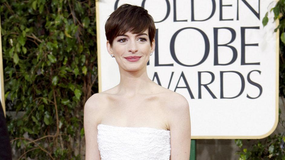 Anne Hathaway na Zlatých glóbech 2013.