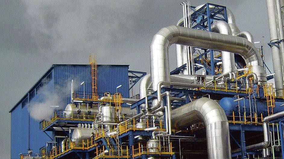 Na podzim roku 2011 se v modernizované chemičce na výrobu kyseliny dusičné v Rouenu propadl strop a vypukl požár. Arbitráž rozhodla, že za nehodu nemůže Chemoprojekt, ale francouzská stavební firma.