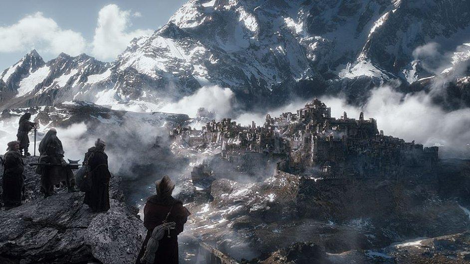 Hobit: Bitva pěti armád bude mít českou premiéru 11. prosince.