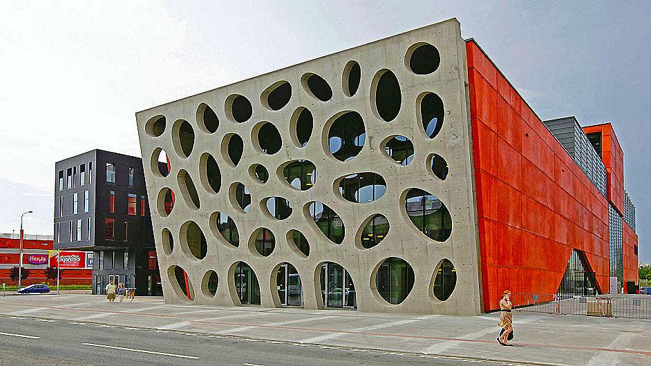 Nové divadlo v Jízdecké ulici se veřejnosti otevře 2. září
