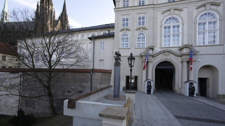 Upravený severní vstup Pražského hradu