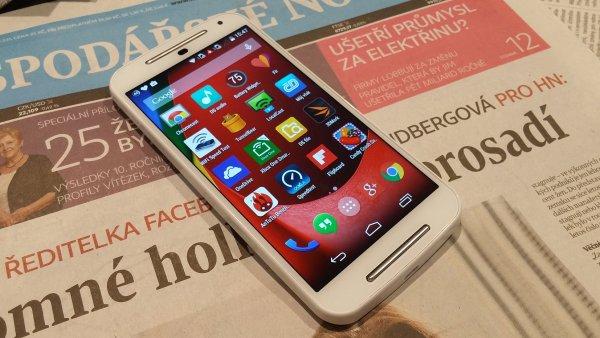 Moto G 2014 je n�zorn� uk�zka toho, jak se za rok zm�nil trh s telefony
