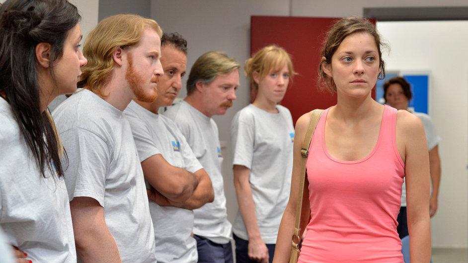 V hlavní roli filmu účinkuje Marion Cotillardová.