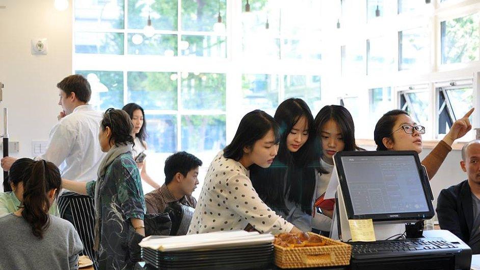 Zájem Korejců o trdelníky v Soulu