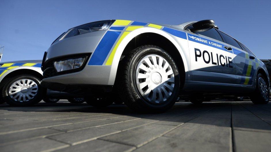Předání nových policejních vozů Škoda Octavia za účasti policejního prezidenta Tomáše Tuhého se konalo 2. listopadu v Mladé Boleslavi.