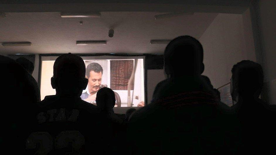 Snímek z projekce vítězného filmu Mohammeda Mouftakira na festivalu.