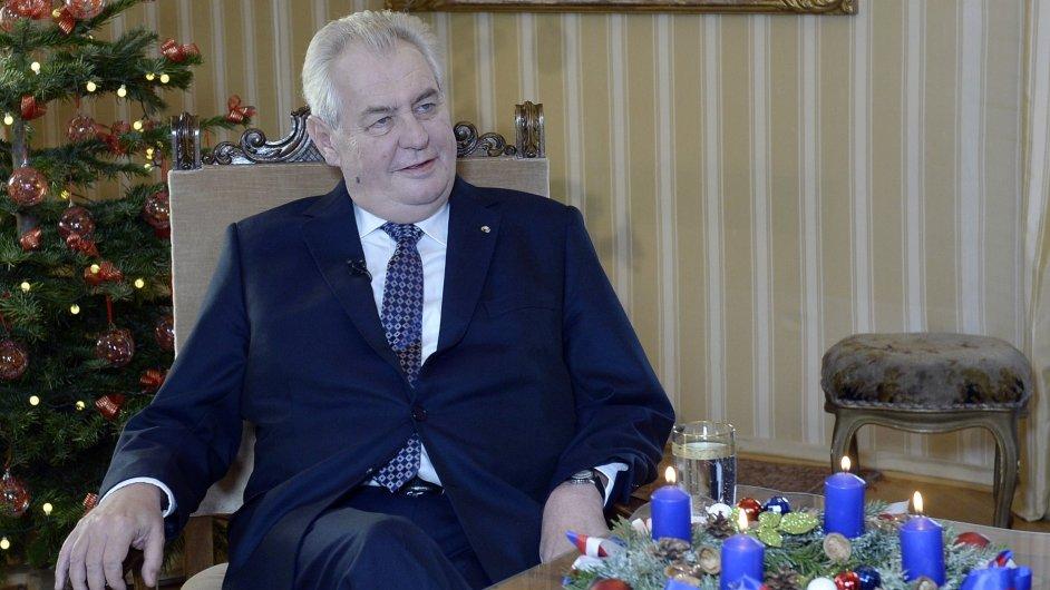 Prezident Miloš Zeman natáčel 26. prosince na zámku v Lánech vánoční poselství.