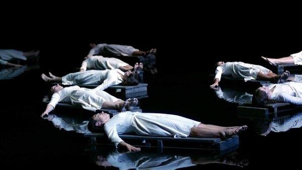 Káťu Kabanovou bude v Národním divadle Brno režírovat Robert Carsen.