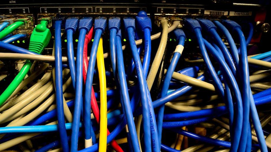 Datové a komunikační služby, ilustrační foto