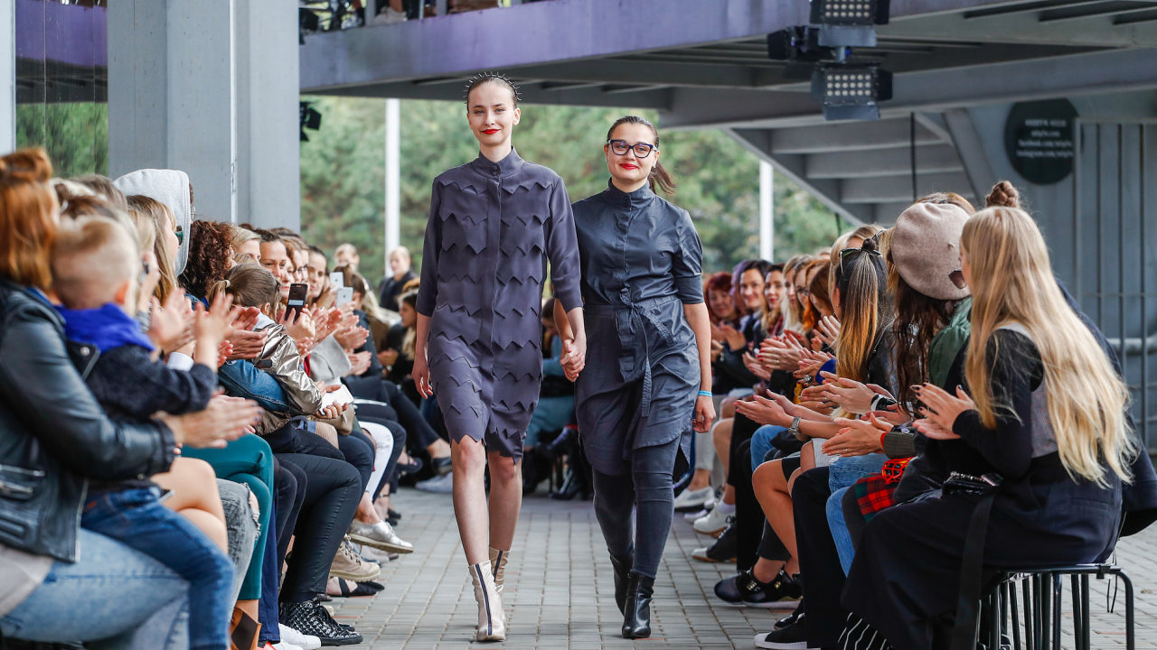 Módní značka IMRECZEOVA na Mercedes-Benz Prague Fashion Week
