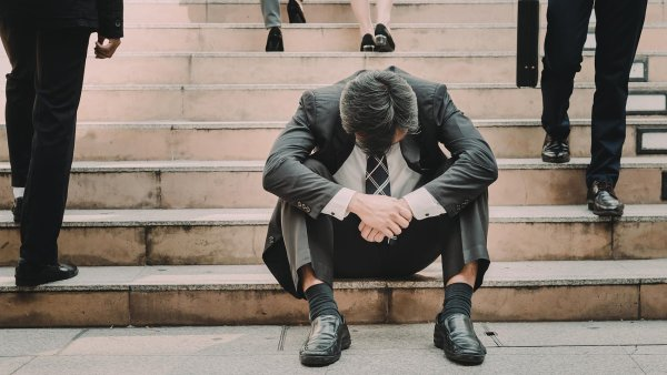 Déletrvající trend poklesu čistého přírůstku firem doprovodí letos i mírný růst počtu bankrotů společností. Podle odhadů se letos počet bankrotů obchodních společností poprvé po pěti letech zvýší.