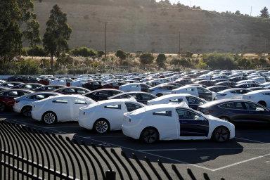 Satisfakce pro Muska: Prodeje Modelu 3 v USA v srpnu údajně překonaly všechny vozy od BMW. Nejspíš se tak naplní plány Tesly