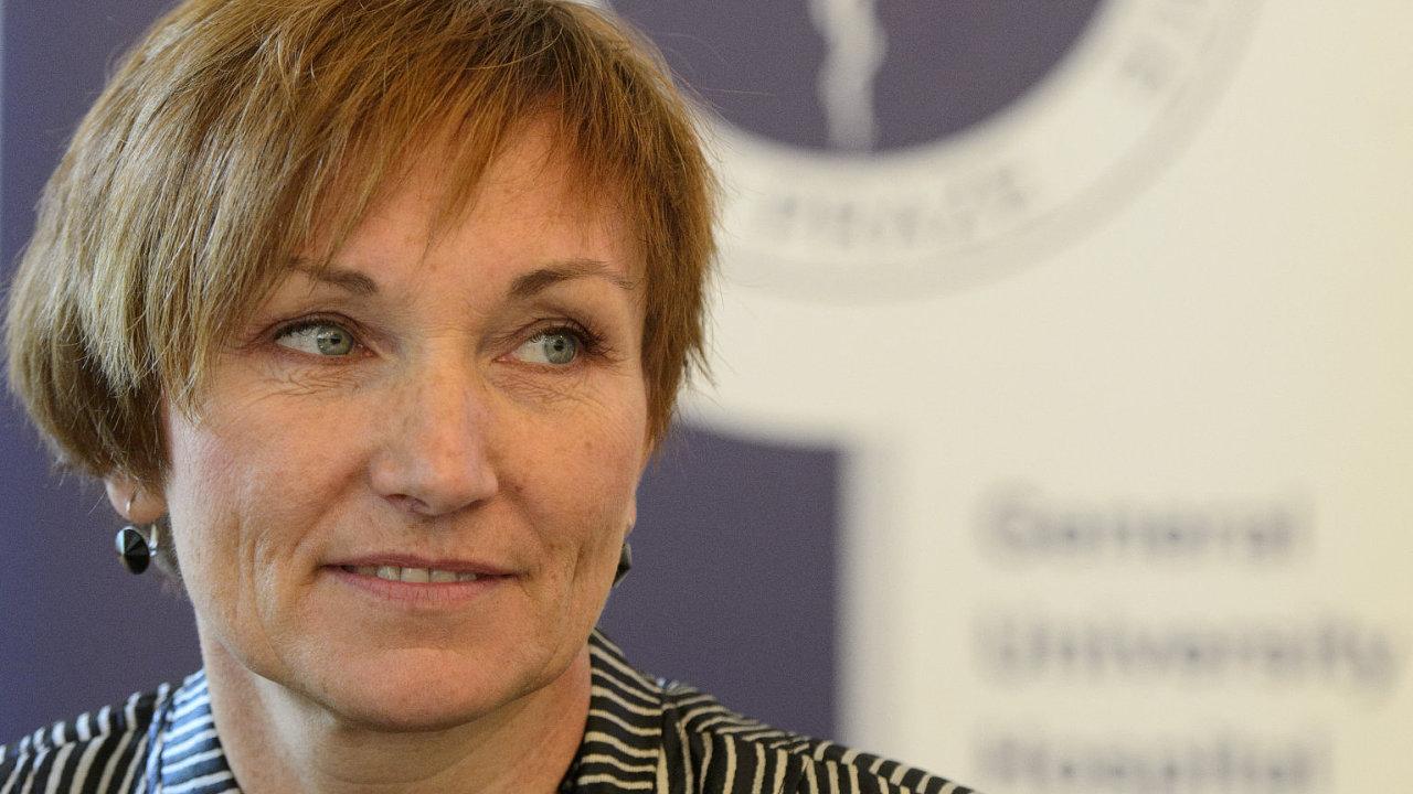 Odvolaná ředitelka Všeobecné fakultní nemocnice v Praze Dana Jurásková (na snímku z 5. září 2013).