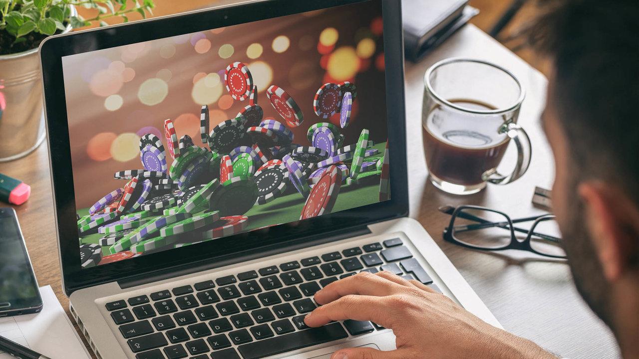 Sázky? Ne s virtuální měnou. V Česku jsou stále zakázány hazardní hry s bitcoinem a další virtuální měnou.