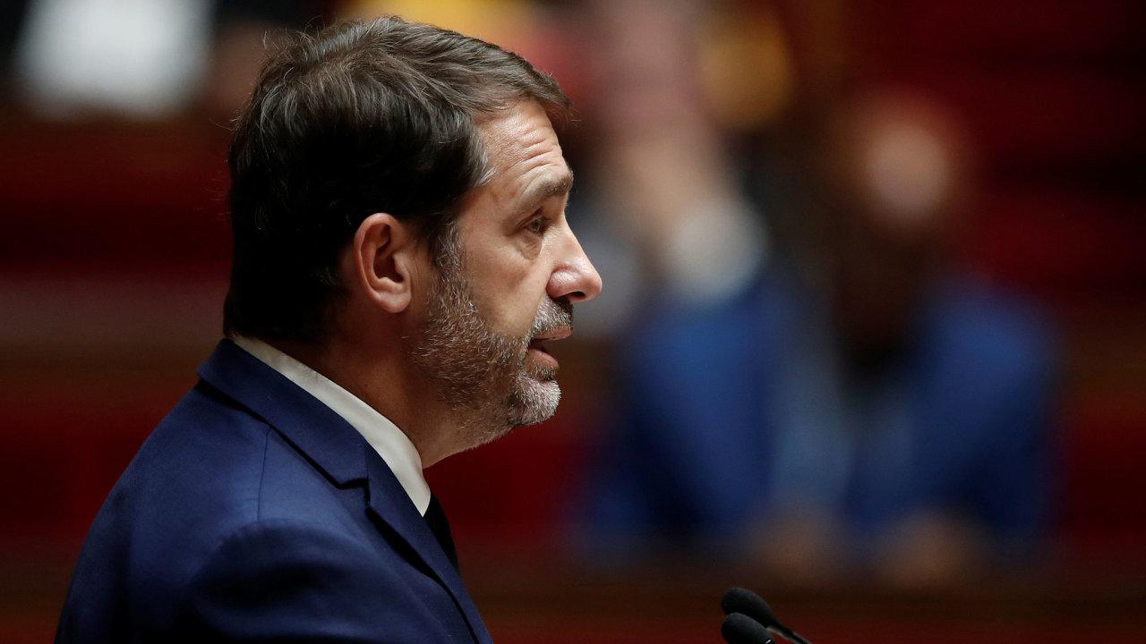 """""""Nedošlo k žádnému poplachu. Takové varovné signály by stačily na to, aby se zahájilo vyšetřování,"""" uvedl francouzský ministr vnitra Christophe Castaner."""
