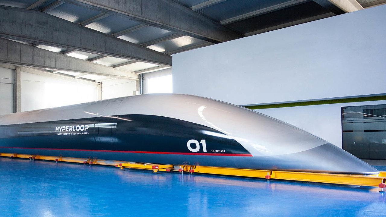 Víme, čím pojedete, ale není jisté, kde akdy. Hyperloop Transportation Technologies, se kterou vroce 2017 podepsalo memorandum ospolupráci také Brno, loni představila svou první cestovní kapsli.