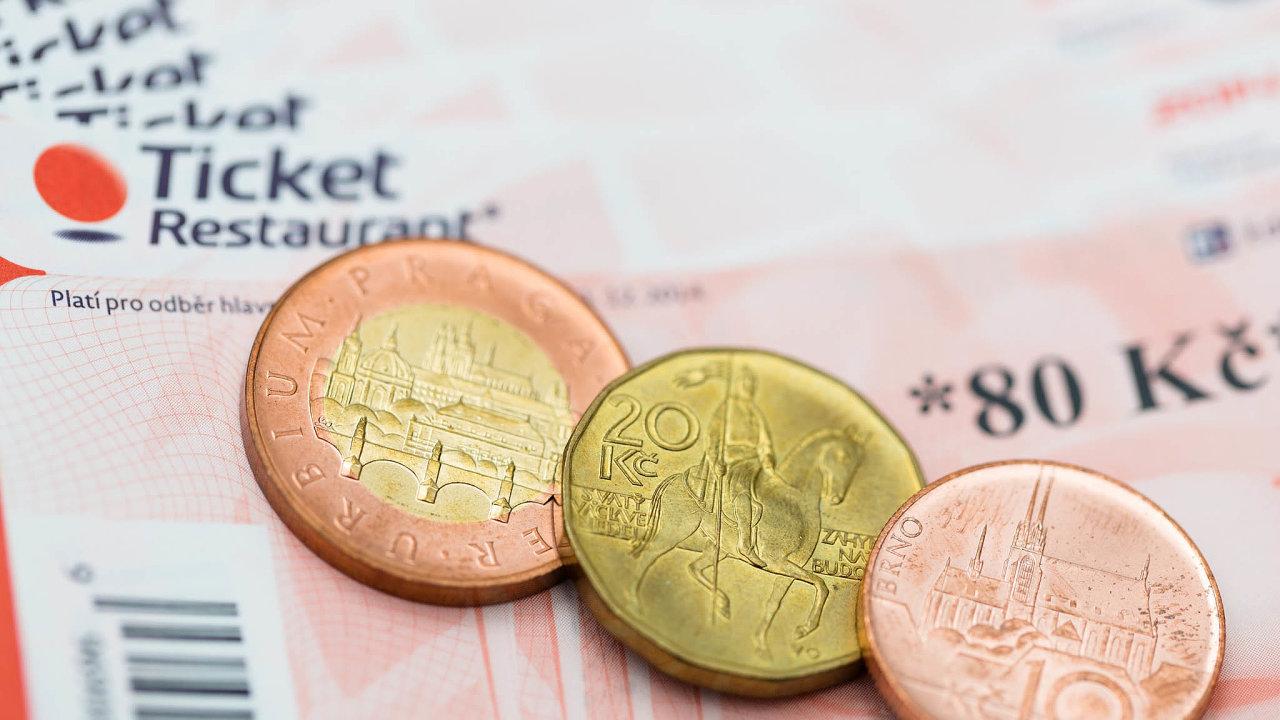 Zatímco jedna studie říká, že zavedení stravenkového paušálu bude stát státní rozpočet přes dvacet miliard korun, podle firem je současný stravenkový systém nevyhovující