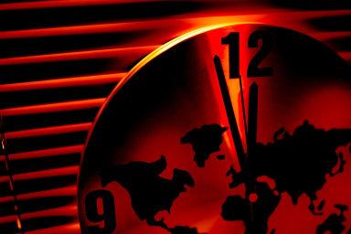 Podle amerických vědců ukazují hodiny posledního soudu za 100 sekund půlnoc - Ilustrační foto.