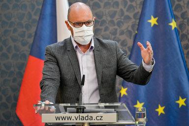 Zpátky dotříd: Ministr školství Robert Plaga povčerejším jednání vlády představil harmonogram otevírání škol.