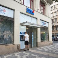 Pøišel èas nakupovat akcie tuzemských bank. Slibují pomalejší, ale jisté zhodnocení
