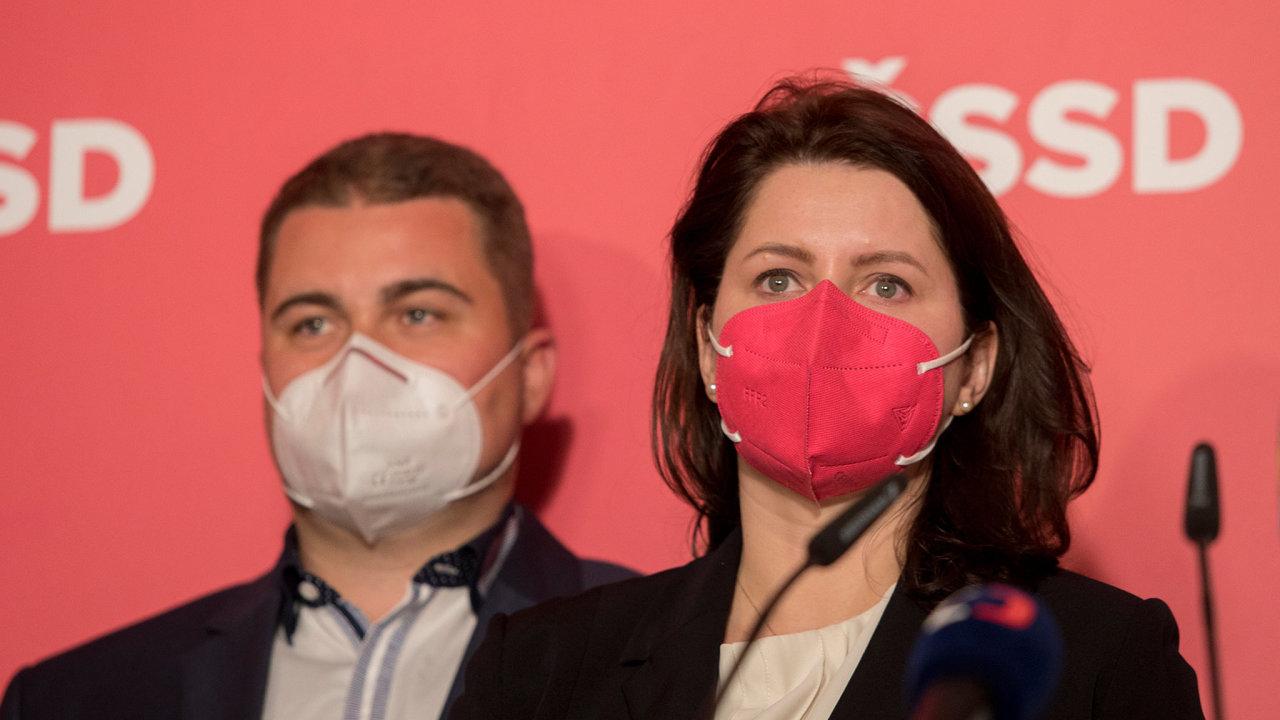 Jana Maláčová na tiskové konferenci ČSSD k výsledkům parlamentních voleb.