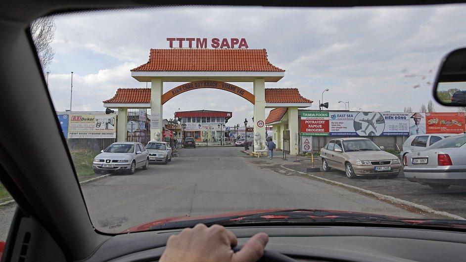 Vjezd do vietnamské tržnice SAPA.