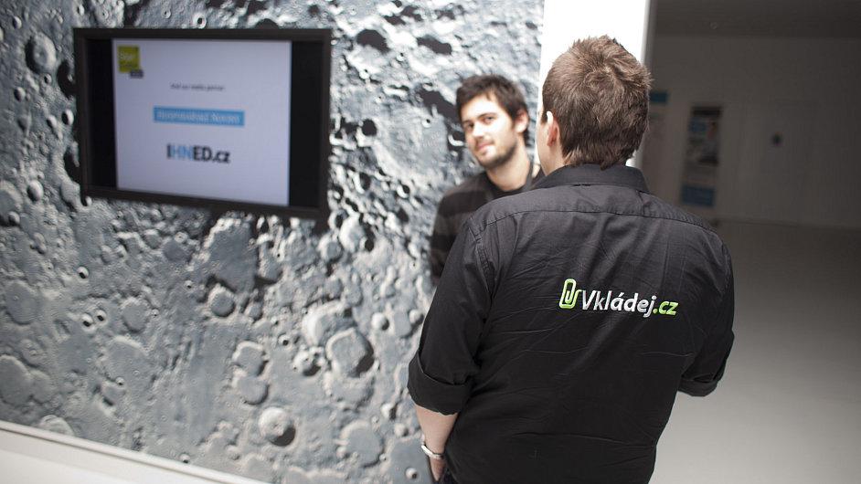 Startup Vkládej.cz zaujal porotu podzimního StarCube v Brně a získal v této soutěži 3. místo.
