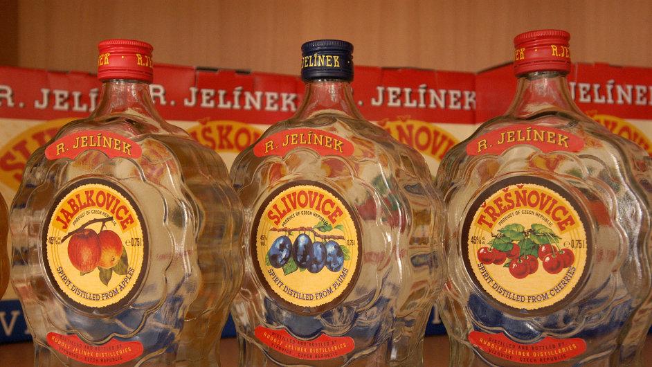 Produkce likérky Rudolf Jelínek.